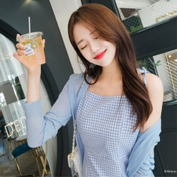 【韓國直郵】ATTRANGS 百搭多色V領氣質簡約時尚針織衫 天藍色 Free