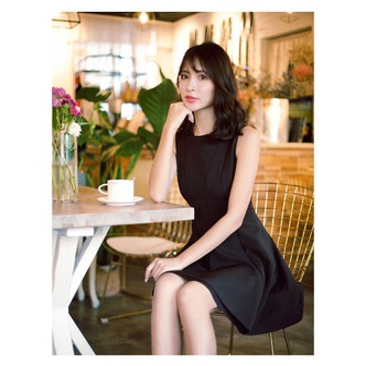 PRINSTORY公主的告白 2018夏装 圆领无袖不规则裙摆连衣裙 黑/L
