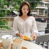 【韩国直邮】CHERRYKOKO V collar lace blouse ivory free