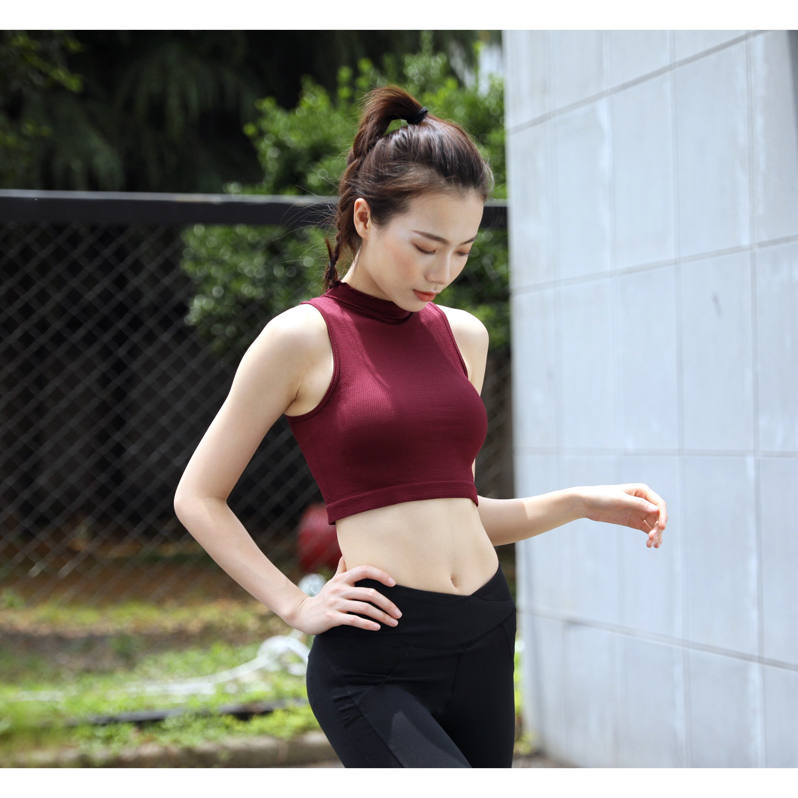 Yamibuy.com:Customer reviews:RUNNING STONE Sleeveless Running Shirt #Red Small