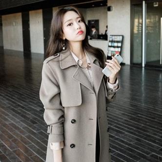 【韩国直邮】ATTRANGS 双排扣风衣手工90%羊毛含量后开叉大衣 可可色 均码