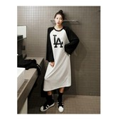 MAGZERO [Limited Quantity Sale] LA Letter Raglan Long dress One Size(Free)
