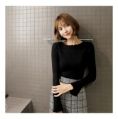 MAGZERO [Limited Quantity Sale] Bell Sleeve Ruffle Ribbed Knit Top Black One Size(S-M)