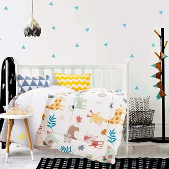 QBEDDING Woodland Animal Baby All-Season Comforter Crib Size