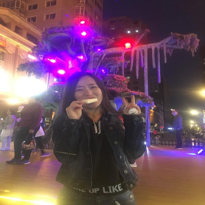 Emily Zhang 77