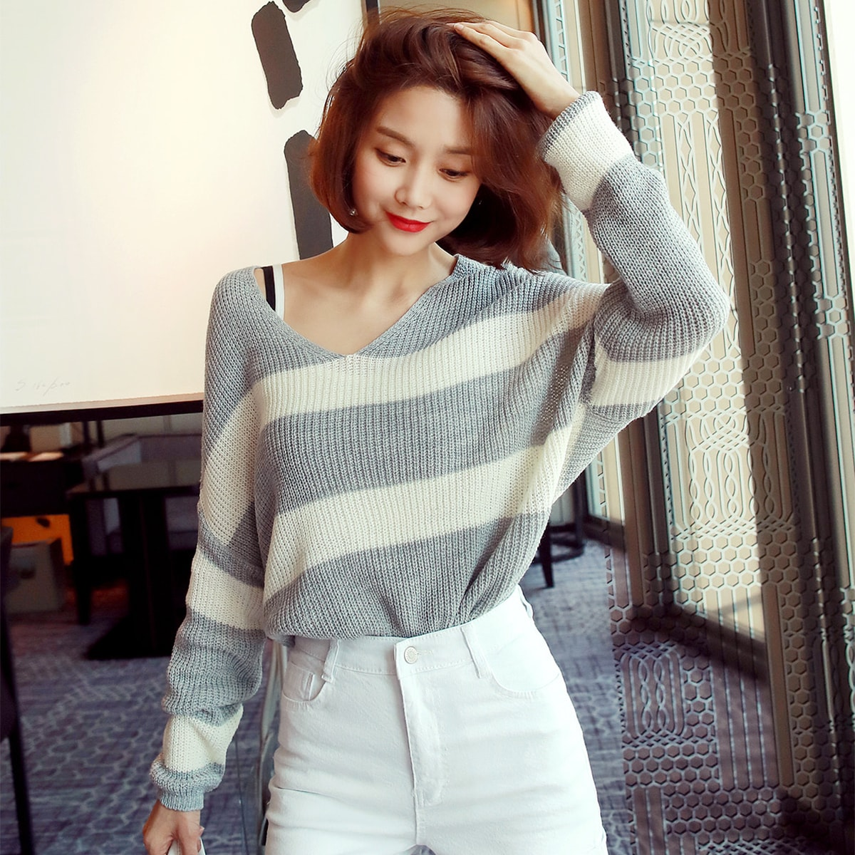 Yamibuy.com:Customer reviews:WINGS Striped V-Neck Tunic Knit Top #Grey One Size(Free)