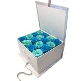 BLOSSOMING LOVE 天蓝大理石纹翻盖大方盒 蓝绿拼色永生花