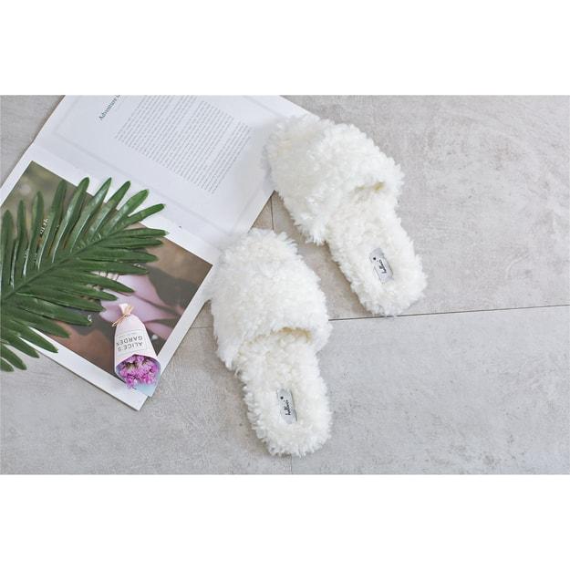 商品详情 - Premium Down 春夏新品大蓬松圈圈毛百搭三色拖鞋 防滑耐磨可外穿 白色 36-37 - image  0