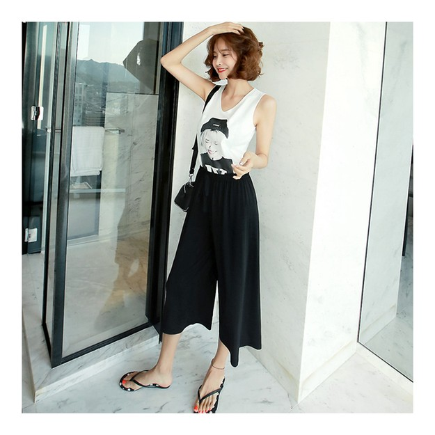Product Detail - [KOREA] MAGZERO Sleeveless Knit Top #White+Cropped Wide Leg Pants #Black One Size(S-M) [Free Shipping] - image 0