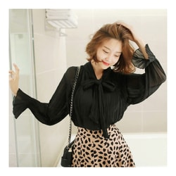 [KOREA] MAGZERO Tie-Neck Pleated Blouse #Black One Size(S-M) [免费配送]