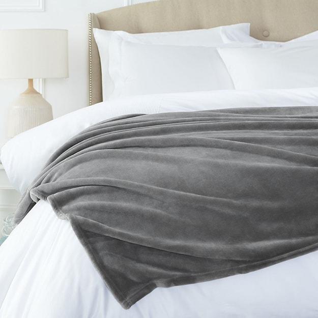 商品详情 - Premium Down欧美简约双层加厚超柔软法兰绒被子 灰色 King - image  0