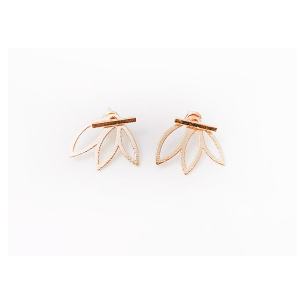 Product Detail - JDREY Leaf Crown Earring 1 Pair - image 0
