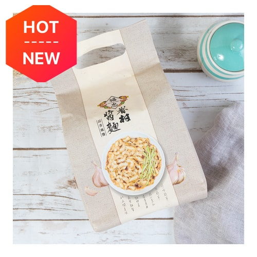 FU CHUNG Village dry noodles with sauce - Garlic and Sesame 460g