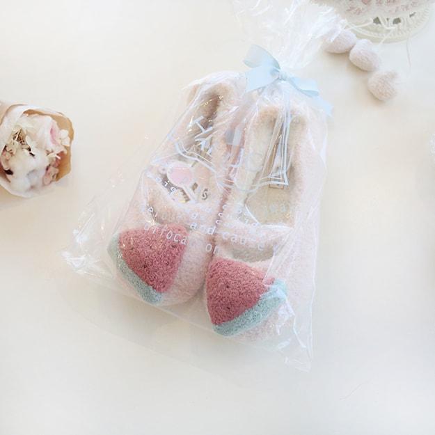 商品详情 - PREMIUM DOWN 软绵绵立体水果保暖包跟橡胶底家居棉拖鞋 西瓜36-37 - image  0