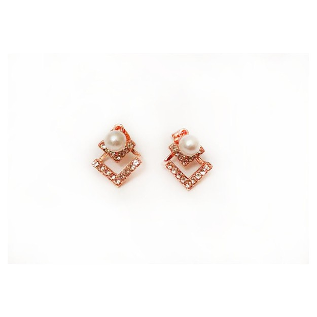 Product Detail - JDREY Amor Pearl Earring 1 Pair - image 0