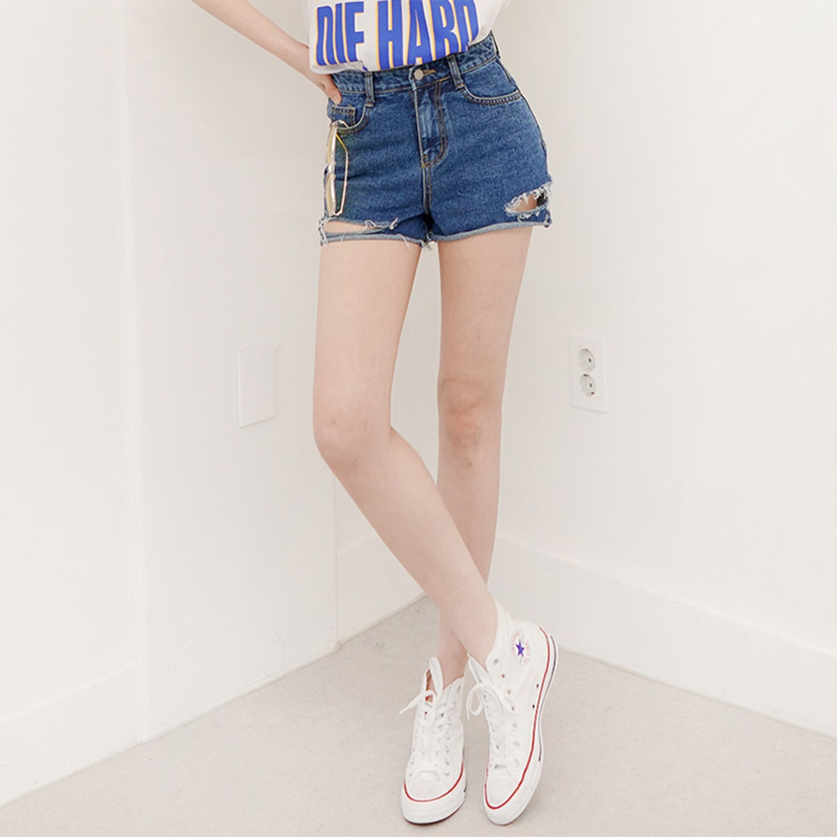 Yamibuy.com:Customer reviews:SSUMPARTY High Rise Distressed Wide-Leg Shorts #Dark Blue S(25-26)