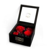 美国芙罗拉之誓 永生红玫瑰 长情系列 深红色的桑葚 3朵黑色礼盒装