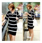 MAGZERO [Limited Quantity Sale] Stripe V-Neck Knit Dress Black One Size(S-M)