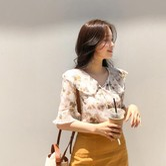 【韩国直邮】CHERRYKOKO 印花喇叭袖荷叶领衬衫 象牙色 均码