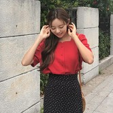 【韩国直邮】CHERRYKOKO Square neck blouse red free