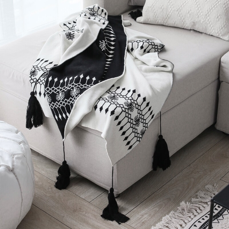 Yamibuy.com:Customer reviews:2021LIFE 'S TASSELS WARM BLANKET